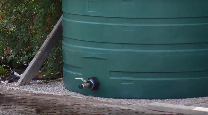 6 Tips on Preparing the Perfect Base For a Water Tank