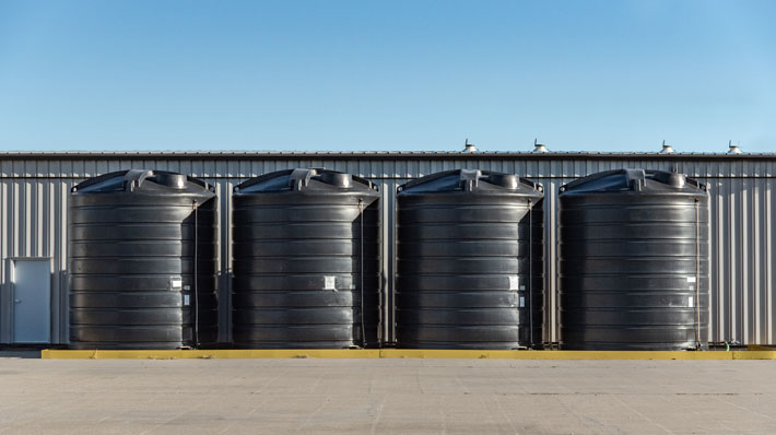 Everything You Need to Know About Storing Liquid Fertilizer-1