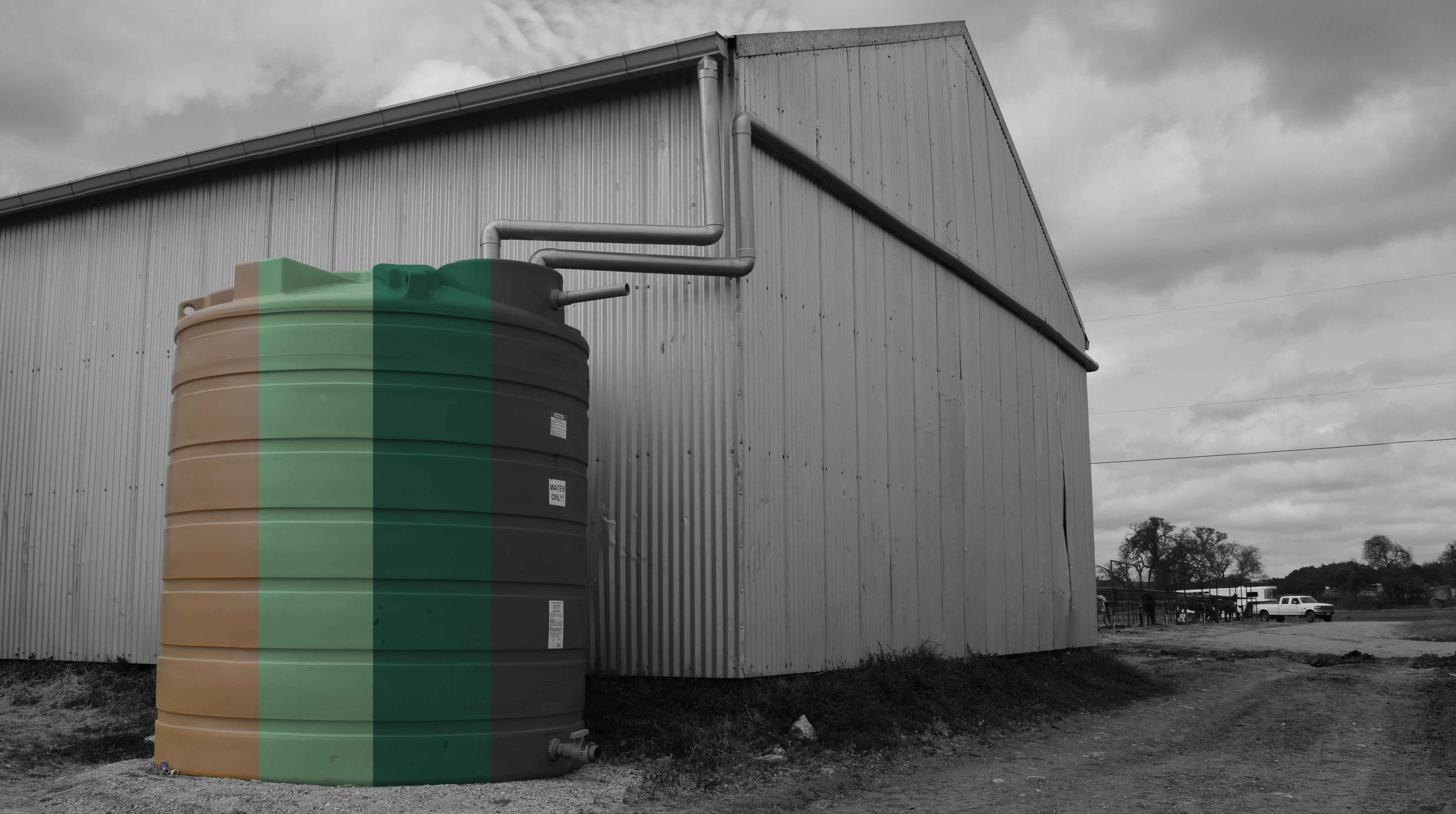 Plastic Water Tanks Does the color matter-1.jpg