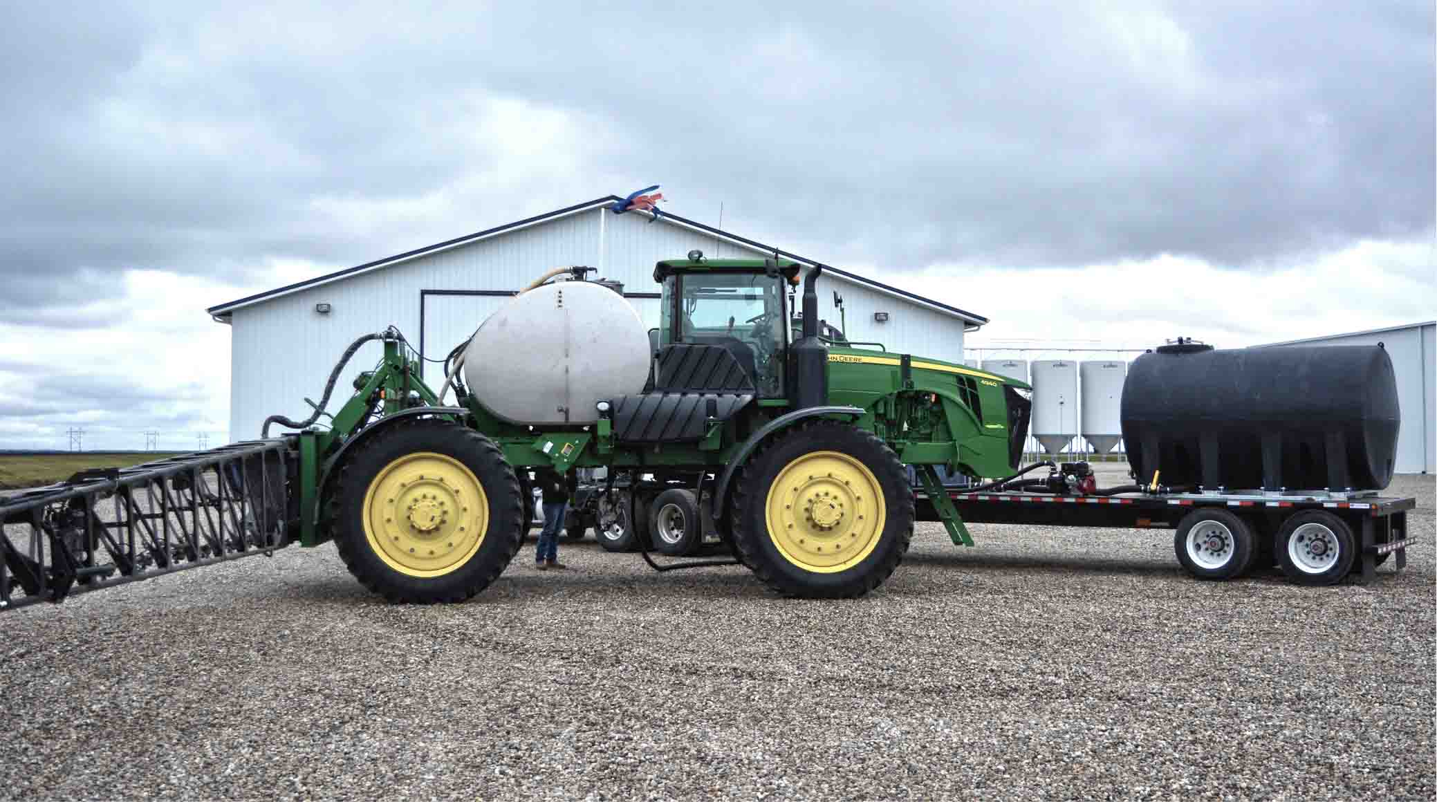 Pro Tips: Choosing the Right Size Tanks For Your Spray Trailer